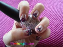 nail art acrylique rose violette