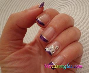 nail art french fleurs blanches