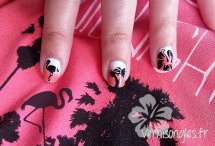 nail art hawai flamant rose palmier