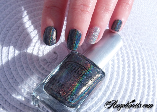 vernis-à-ongles-color-club-beyond-holographique-noir-angelinails.com-2