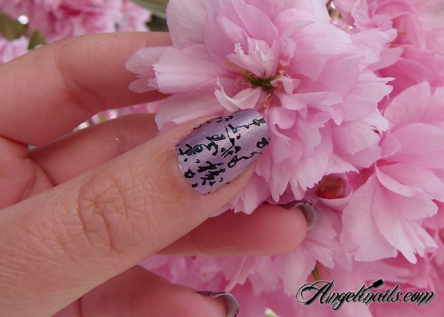 nail-art-stamping-moyou-encre-de-chine-china-glaze-get-outta-my-space-04